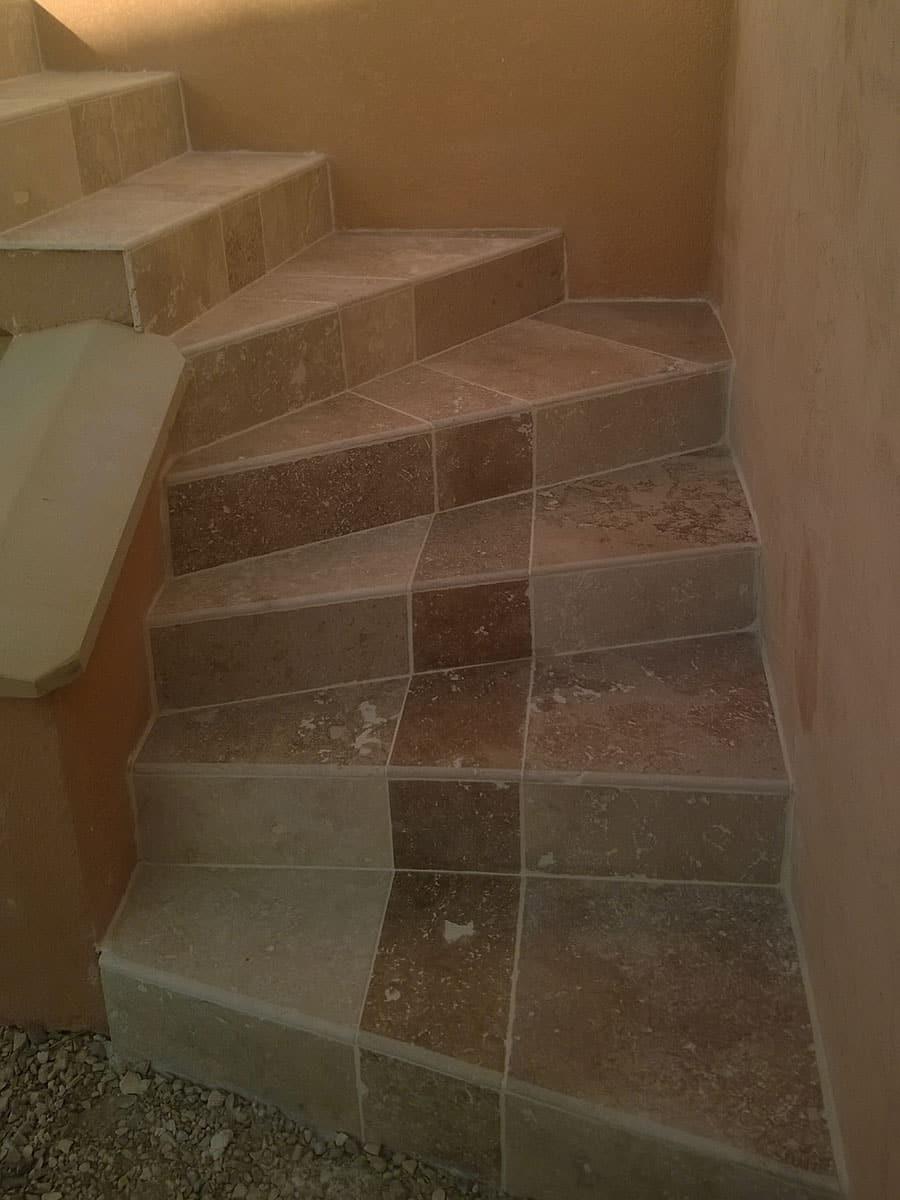 Escaliers extérieur en pierre